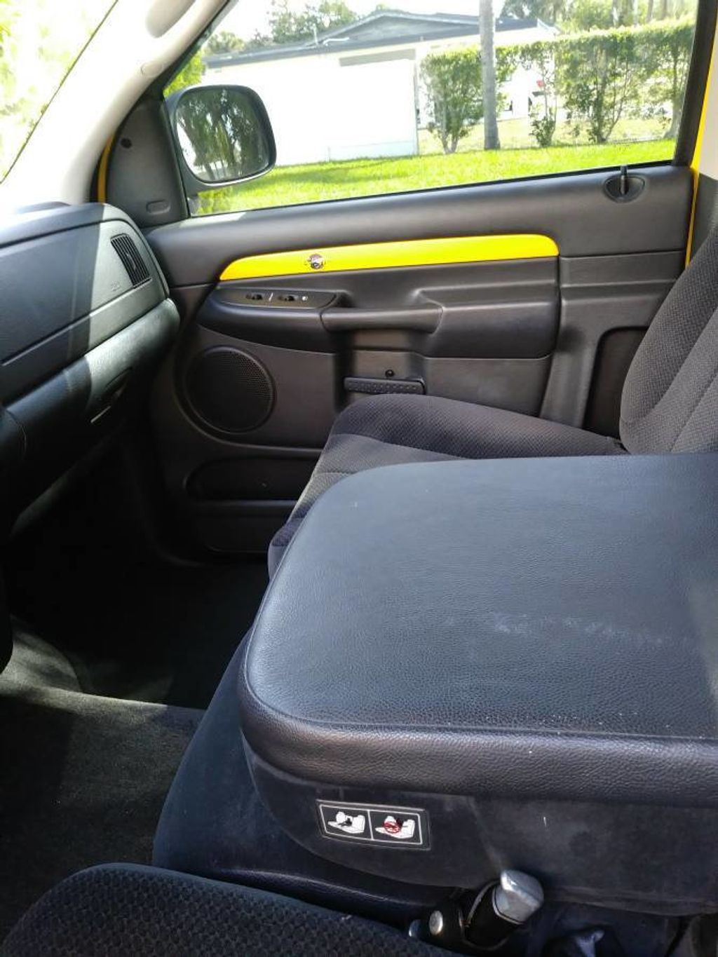 2005 Dodge Ram 1500 Rumble Bee Limited Edition For Sale - 17386933 - 15