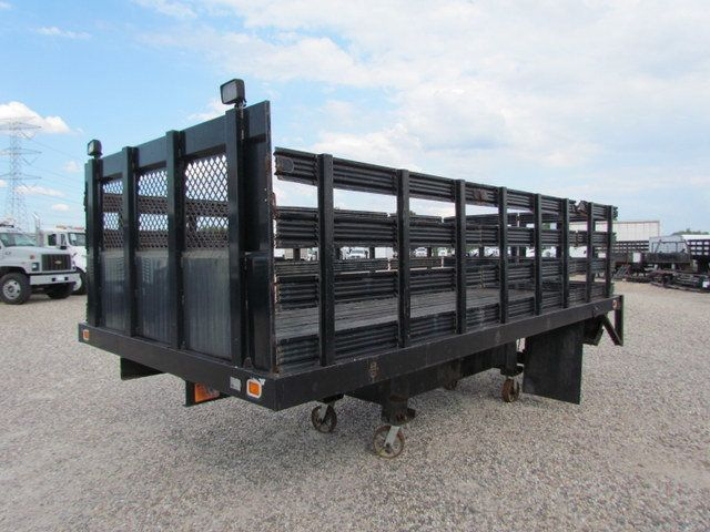 2005 Flatbed Wood Floor  - 15526663 - 3