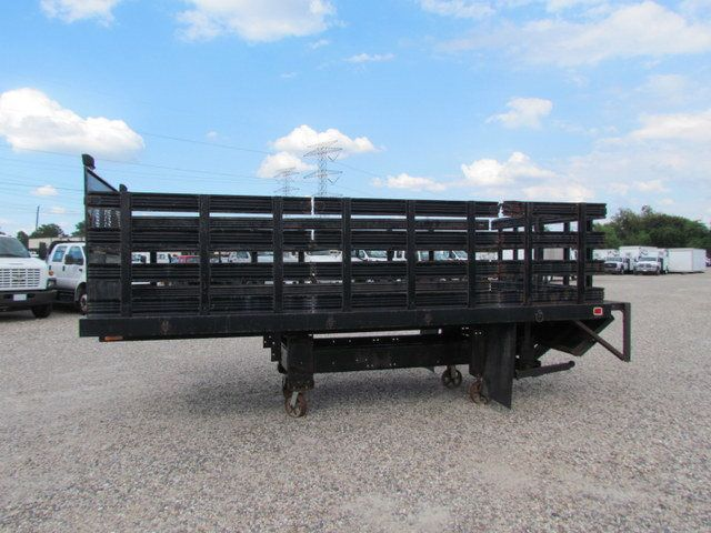 2005 Flatbed Wood Floor  - 15526663 - 4