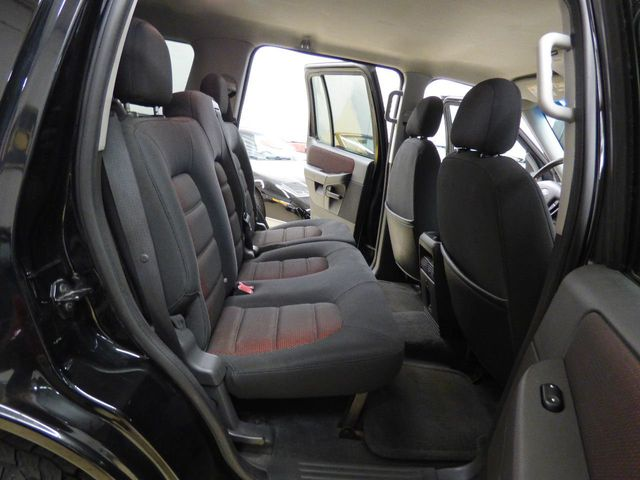 "2005 Ford Explorer 4dr 114"" WB 4.0L XLT Sport 4WD - Click to see full-size photo viewer"