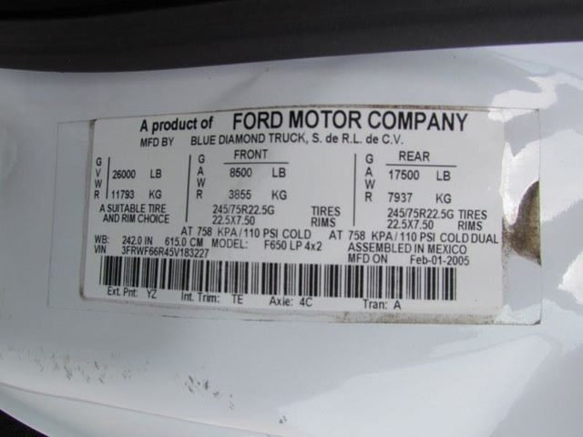 2005 Ford F650 Mechanics Service Truck - 9736307 - 29