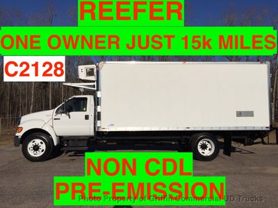 2005 Ford F650/F750 NON CDL HUGE REEFER JUST 12k MILES ONE OWNER!! SUPER LOW HOURS!!