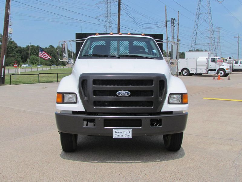 2005 Ford F750 Flatbed - 17474280 - 2