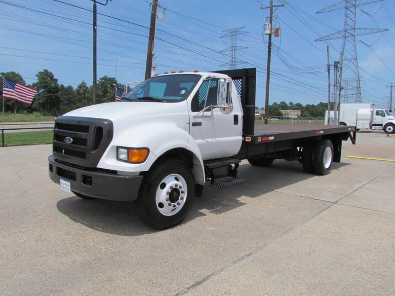 2005 Ford F750 Flatbed - 17474280 - 3