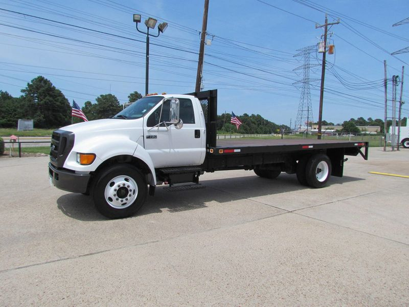 2005 Ford F750 Flatbed - 17474280 - 4