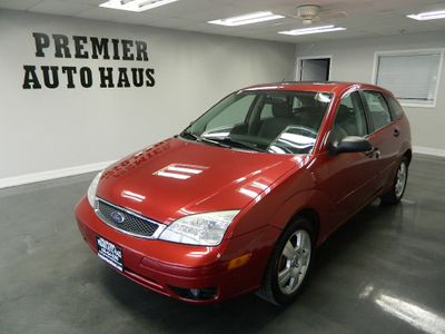 2005 Ford Focus 2005 FORD FOCUS HB - Click to see full-size photo viewer