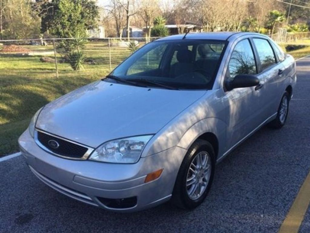 2005 Used Ford Focus 4dr Sedan Zx4 Se At Car Guys Serving