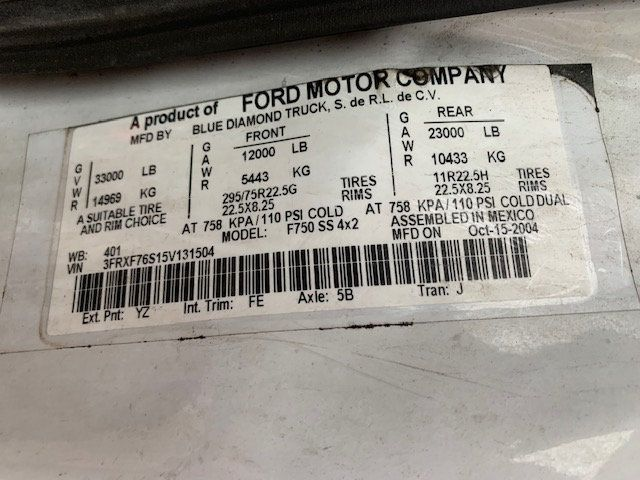 2005 Ford F-750 47 FOOT OVER CENTER ALTEC BUCKET BOOM TRUCK - 18368583 - 10