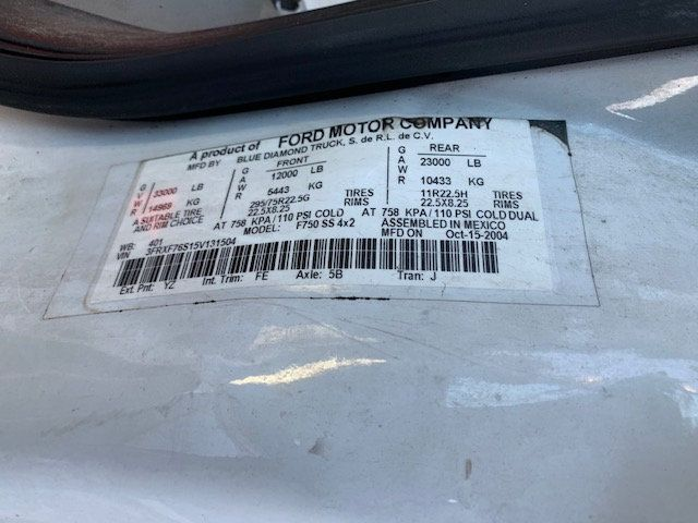 2005 Ford F-750 47 FOOT OVER CENTER ALTEC BUCKET BOOM TRUCK - 18368583 - 23