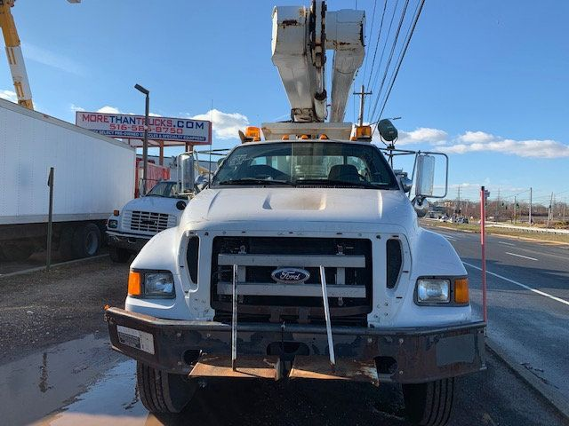 2005 Ford F-750 47 FOOT OVER CENTER ALTEC BUCKET BOOM TRUCK - 18368583 - 2