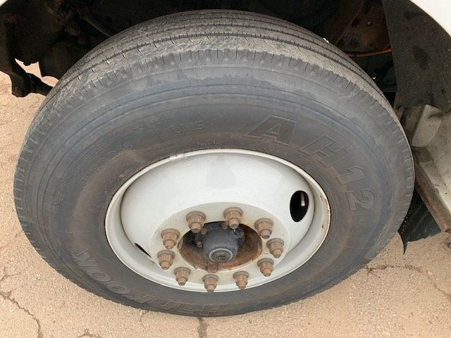 2005 Ford F-750 47 FOOT OVER CENTER ALTEC BUCKET BOOM TRUCK - 18368583 - 29