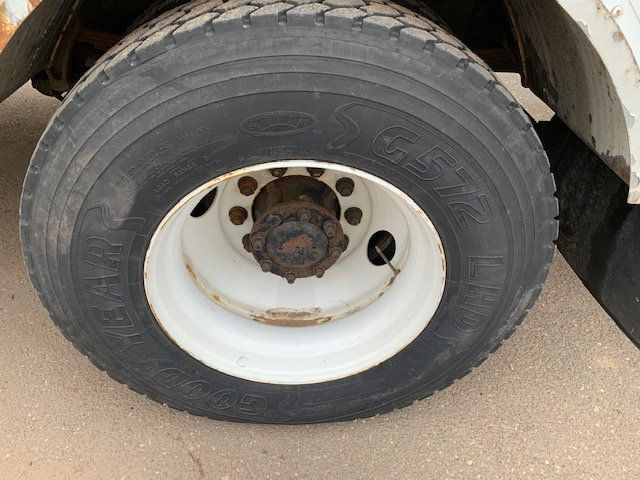 2005 Ford F-750 47 FOOT OVER CENTER ALTEC BUCKET BOOM TRUCK - 18368583 - 30