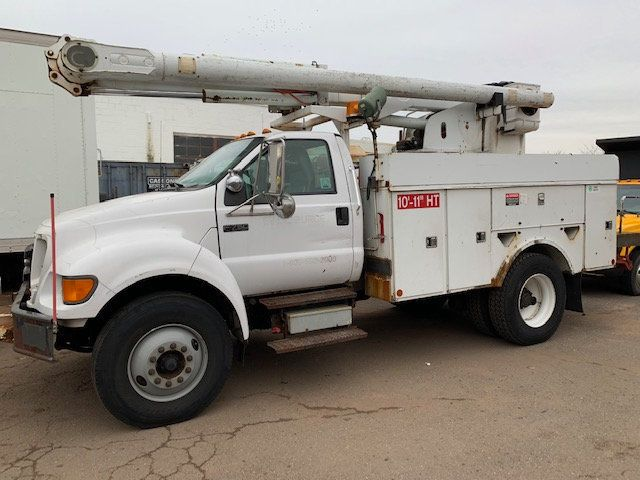 2005 Ford F-750 47 FOOT OVER CENTER ALTEC BUCKET BOOM TRUCK - 18368583 - 32
