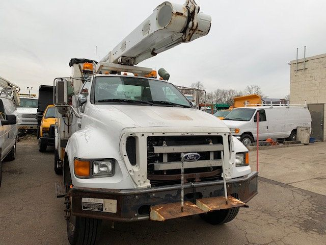 2005 Ford F-750 47 FOOT OVER CENTER ALTEC BUCKET BOOM TRUCK - 18368583 - 34
