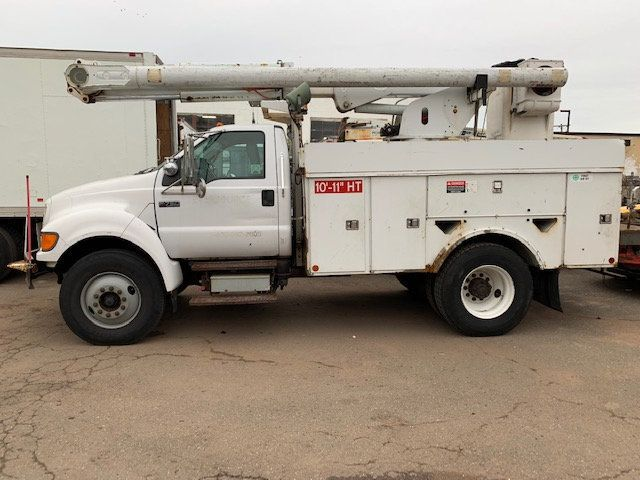 2005 Ford F-750 47 FOOT OVER CENTER ALTEC BUCKET BOOM TRUCK - 18368583 - 36