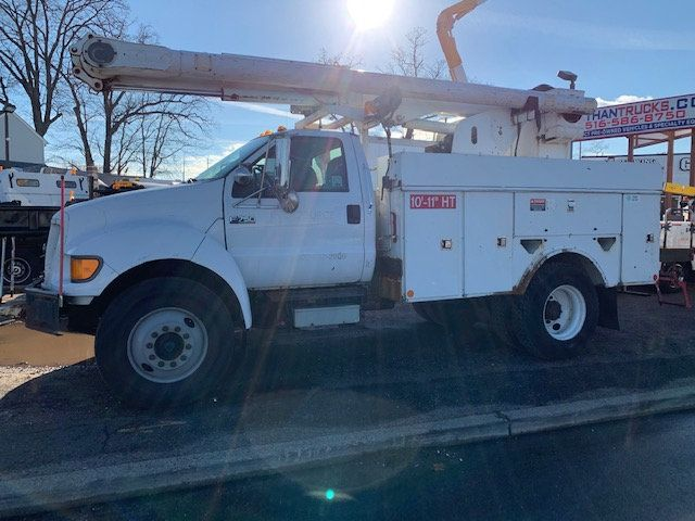 2005 Ford F-750 47 FOOT OVER CENTER ALTEC BUCKET BOOM TRUCK - 18368583 - 4
