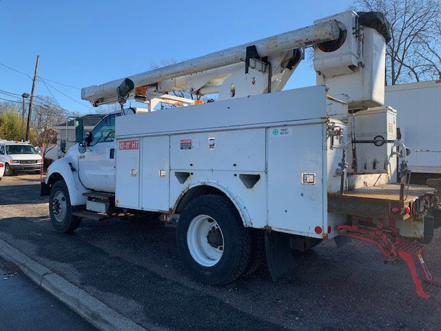 2005 Ford F-750 47 FOOT OVER CENTER ALTEC BUCKET BOOM TRUCK - 18368583 - 5