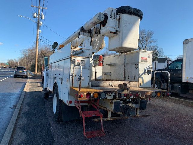 2005 Ford F-750 47 FOOT OVER CENTER ALTEC BUCKET BOOM TRUCK - 18368583 - 6