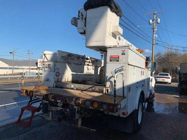 2005 Ford F-750 47 FOOT OVER CENTER ALTEC BUCKET BOOM TRUCK - 18368583 - 7