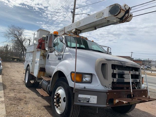 2005 Ford F-750 47 FOOT OVER CENTER ALTEC BUCKET BOOM TRUCK - 18418337 - 2