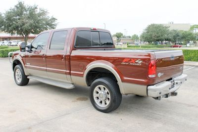 "2005 Ford Super Duty F-250 Crew Cab 156"" King Ranch 4WD - Click to see full-size photo viewer"