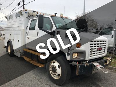 2005 GMC C7500 CREW CAB 4 DOOR ENCLOSED UTILITY SERVICE