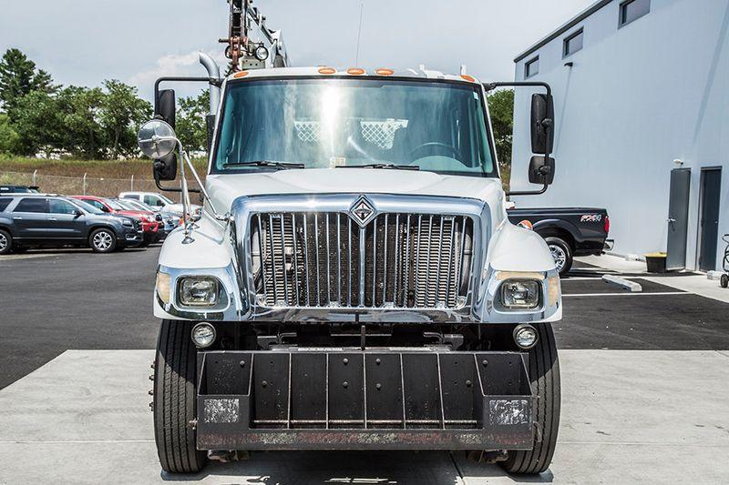2005 International 7300 Crane Truck 15226501 7
