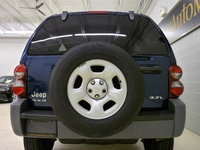 2005 Jeep Liberty Sport   Click To See Full Size Photo Viewer