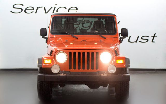 2005 Jeep Wrangler Sport - Click to see full-size photo viewer