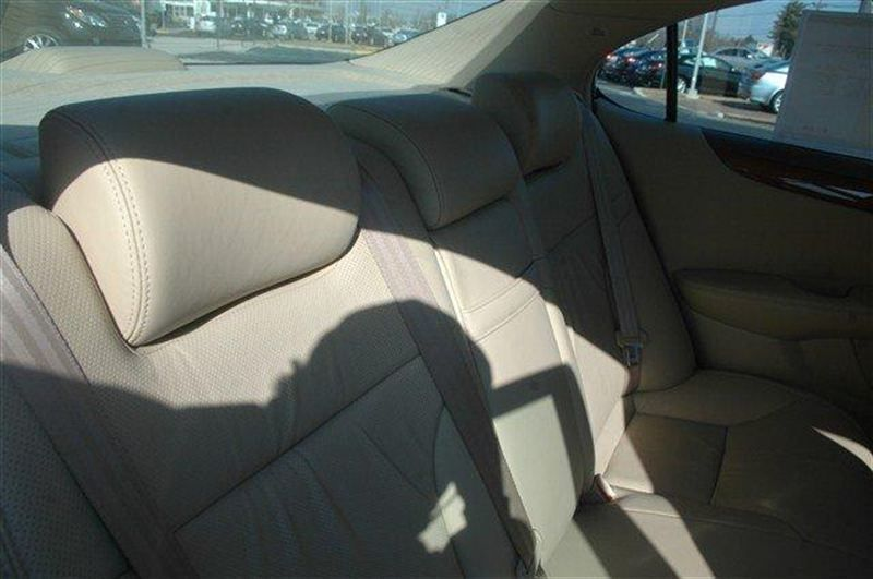 2005 Lexus ES 330 Base Trim - 8273301 - 12