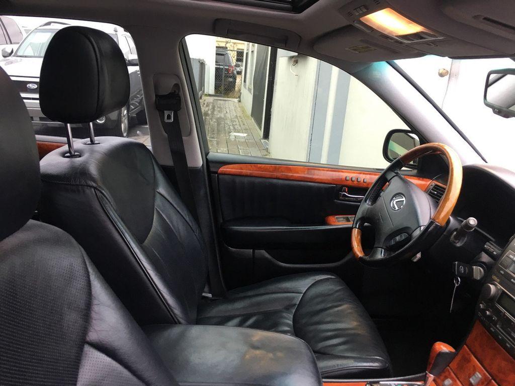 2005 Lexus LS 430 4dr Sedan - 18566881 - 5