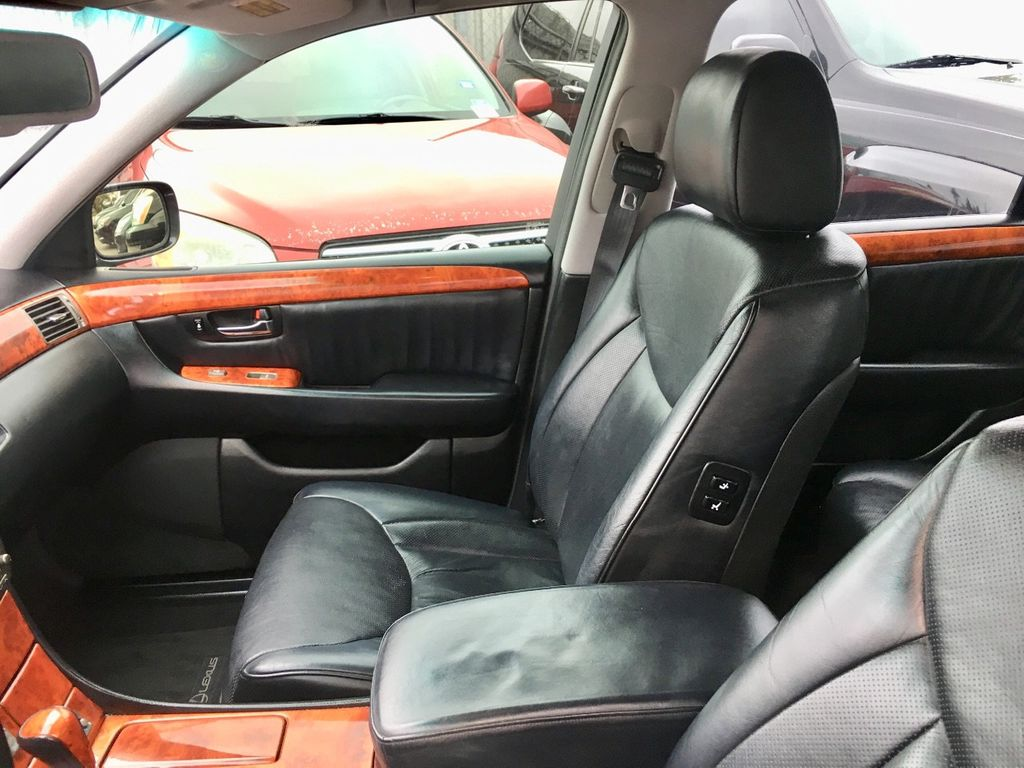 2005 Lexus LS 430 4dr Sedan - 18566881 - 6
