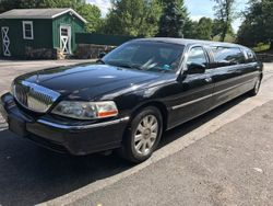 2005 Lincoln Town Car - 1L1FM88W55Y635940
