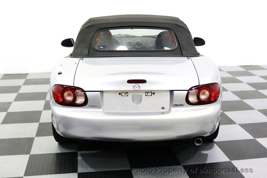 2005 Mazda MX-5 Miata 2dr Convertible Cloth Automatic - 17836885 - 19