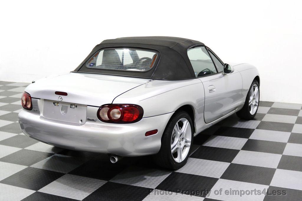 2005 Mazda MX-5 Miata 2dr Convertible Cloth Automatic - 17836885 - 20