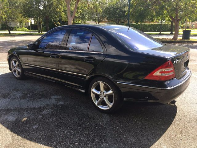 Awesome 2005 Mercedes Benz C Class C230 4dr Sedan Sport 1.8L Automatic   Click