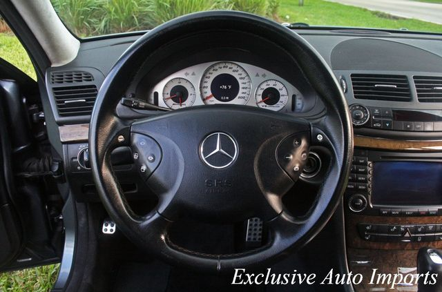 2005 Mercedes-Benz E55 AMG W211 SUPERCHARGED V8 KOMPRESSOR MONSTER!! - Click to see full-size photo viewer