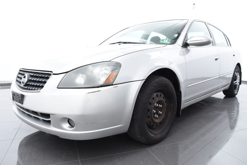 2005 used nissan altima 4dr sedan i4 automatic 2.5 s at auto outlet