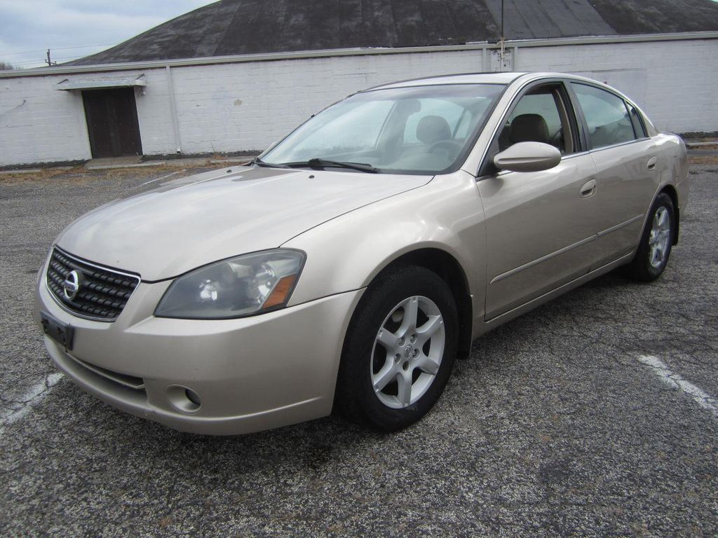 2005 used nissan altima se / 3.5l v6 / navi / auto at contact us