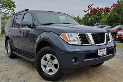 2005 Nissan Pathfinder SE 4WD - Click to see full-size photo viewer