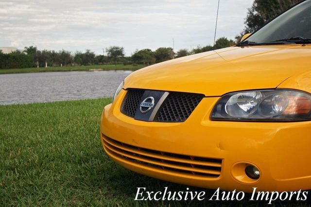 2005 Nissan Sentra 4dr Sdn I4 Manual SE-R Spec V LEV - Click to see full-size photo viewer