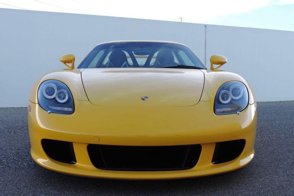 2005 Porsche Carrera GT 2dr Carrera - 13766513 - 17