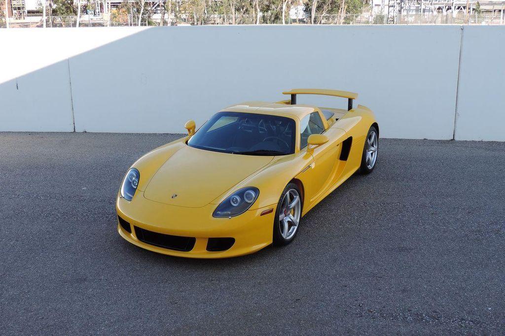 2005 Porsche Carrera GT 2dr Carrera - 13766513 - 18