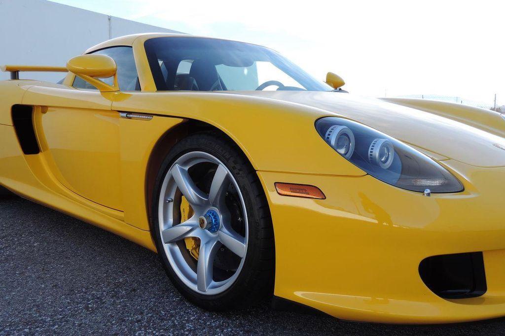 2005 Porsche Carrera GT 2dr Carrera - 13766513 - 21