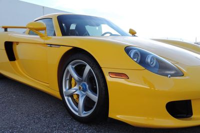 2005 Porsche Carrera GT 2dr Carrera - Click to see full-size photo viewer