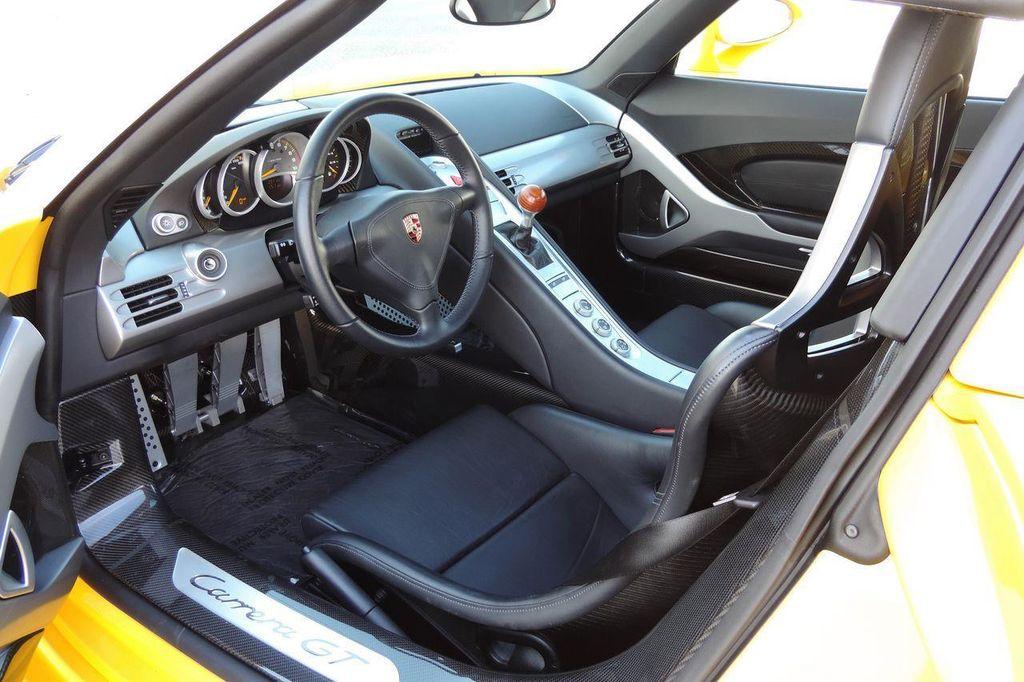 2005 Porsche Carrera GT 2dr Carrera - 13766513 - 22