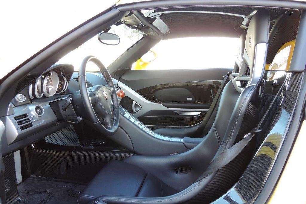 2005 Porsche Carrera GT 2dr Carrera - 13766513 - 23