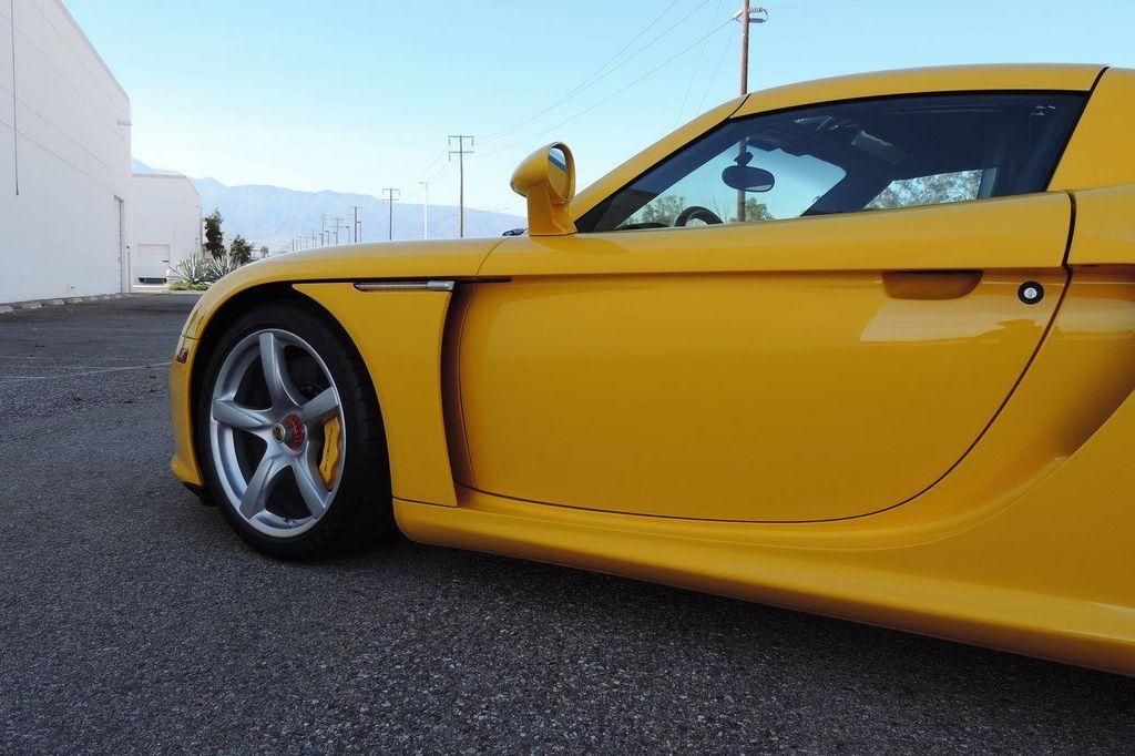 2005 Porsche Carrera GT 2dr Carrera - 13766513 - 4