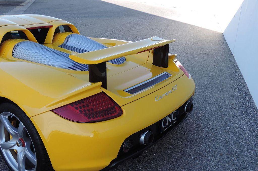 2005 Porsche Carrera GT 2dr Carrera - 13766513 - 6