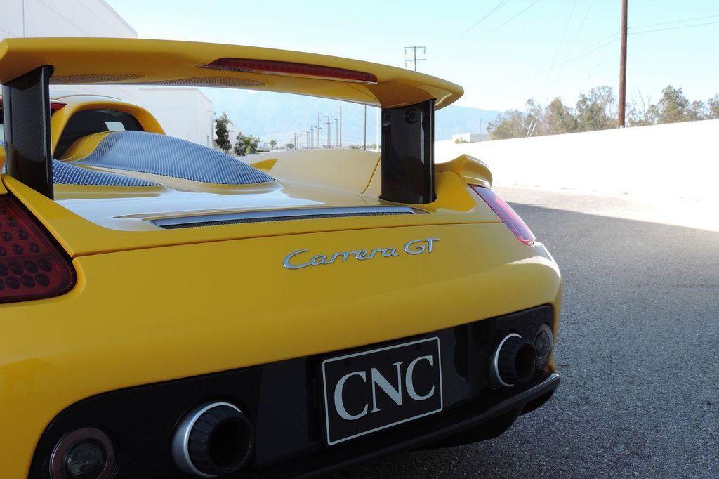 2005 Porsche Carrera GT 2dr Carrera - 13766513 - 8